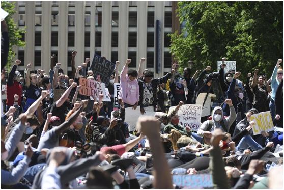 赵立坚回应美国抗议示威:黑人的命也是命,希望美国政府维护和保障少数族裔合法权利