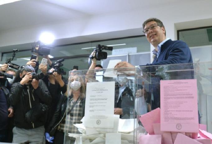allbet注册:塞尔维亚举行议会选举 21个政党竞争250个议会席位 第3张