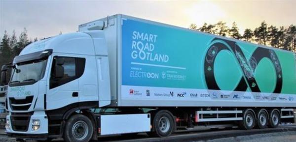 瑞典充电公路:可让电动卡车边开边充电