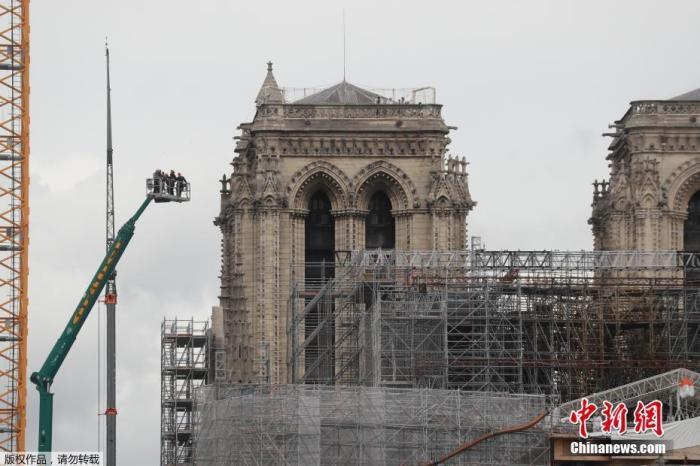 大发888客户端:巴黎圣母院修缮工程连续 最先消灭巨型管风琴上铅尘 第1张