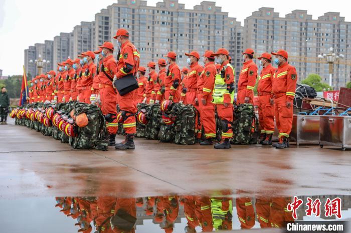 江西省举行跨区域地震救援实战拉动演练