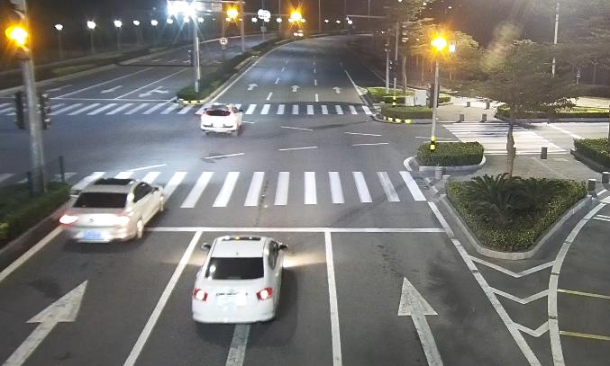女子帮珠海朋友开车压死街上醉汉!车没保险她自赔100万,还被…