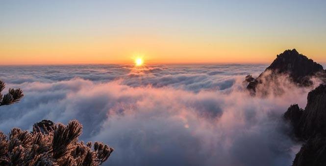 鞍山云海雾凇相互映衬宛如仙境