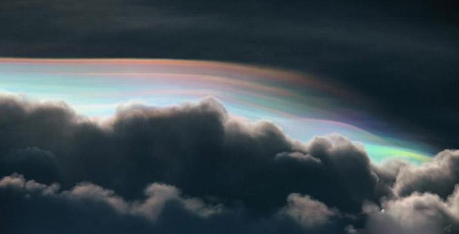 泰国天空现彩云景观 色彩瑰丽