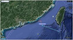 美军机逼近广东海岸125海里,这次机型不多见!