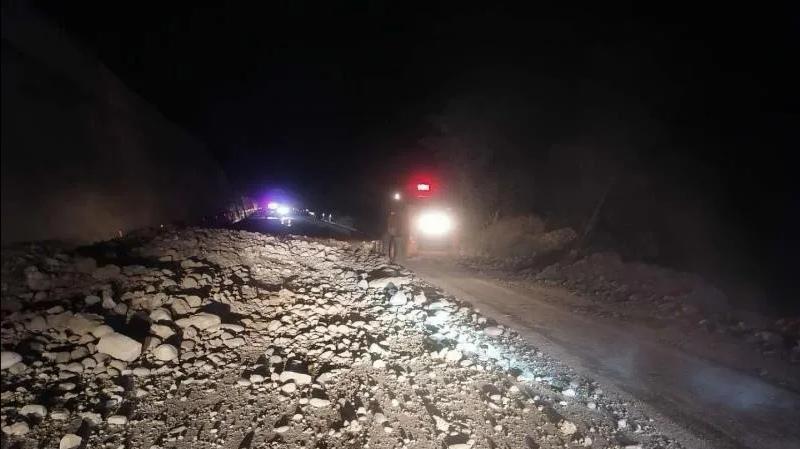國道215線云南段部分道路發生塌方 搶通工作正在進行