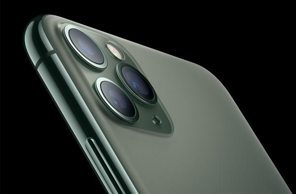 A14性能无敌!iPhone12细节曝光:镜头有惊喜 ToF传感器会为iPhone带来全新 AR 体验。
