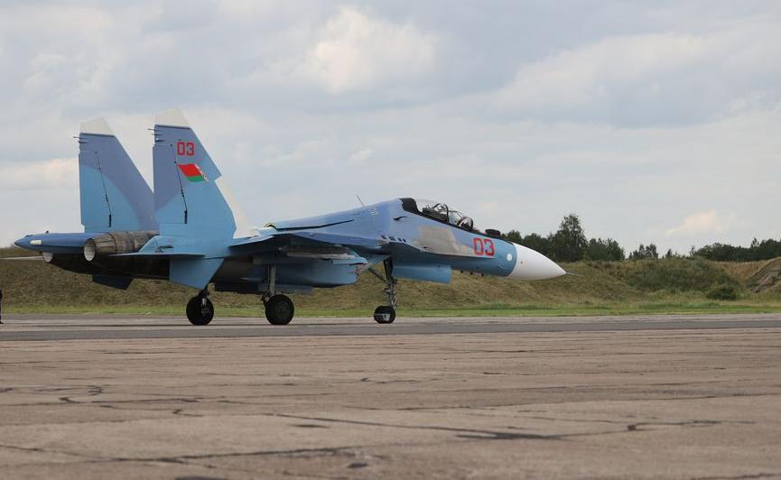 白俄罗斯正式部署苏30SM战斗机为苏30系列最强版本