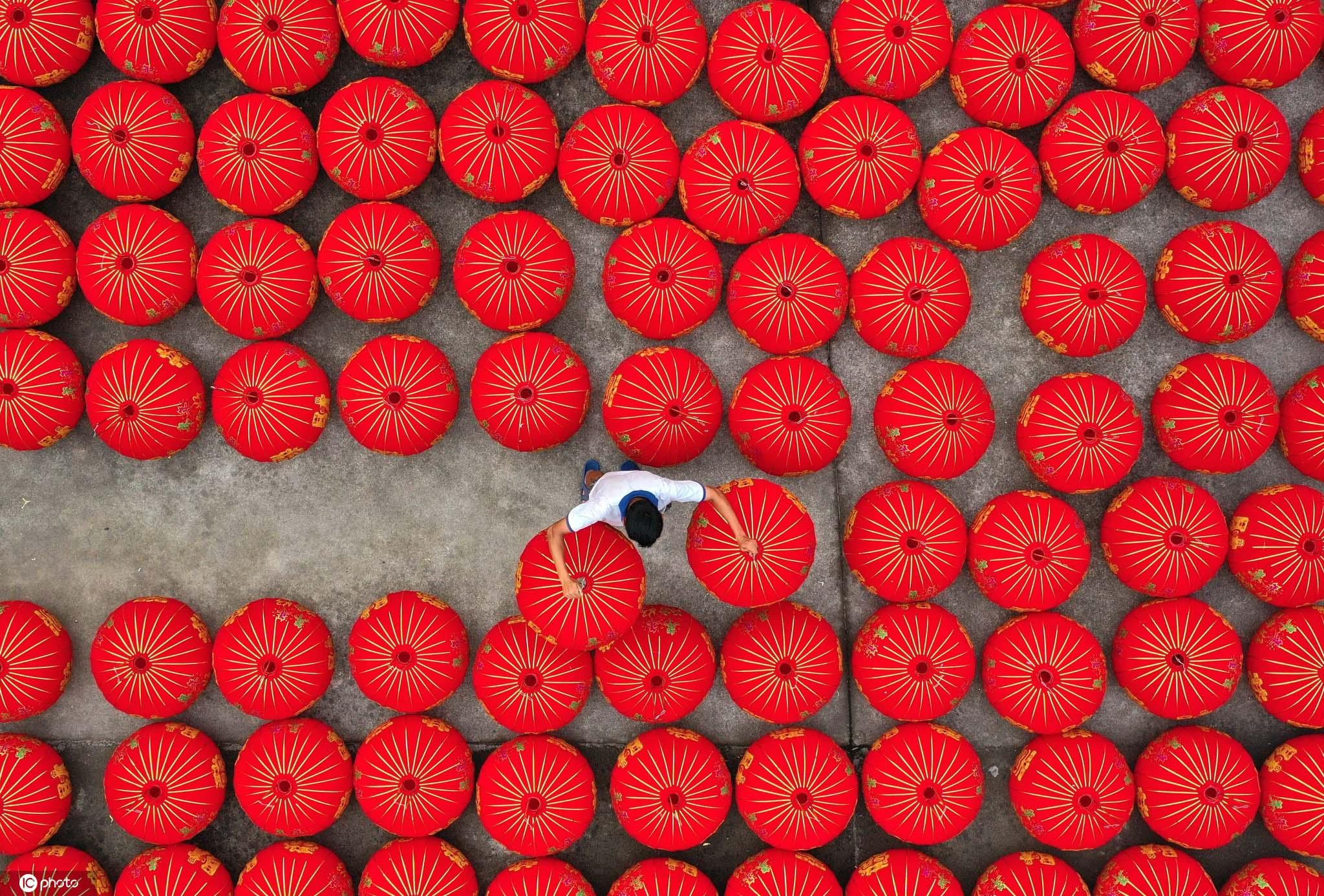 浙江仙居:红灯笼照亮致富路