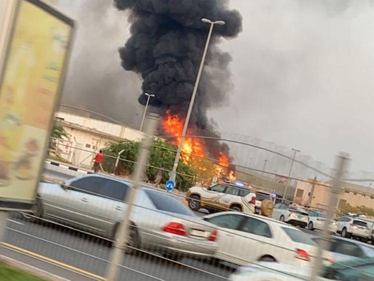 allbet gaming电脑版下载:阿联酋阿治曼新工业区一家市场发生火灾