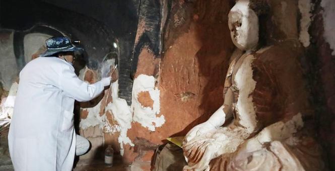 宁夏须弥山石窟壁画百年后首次迎来抢救性修复