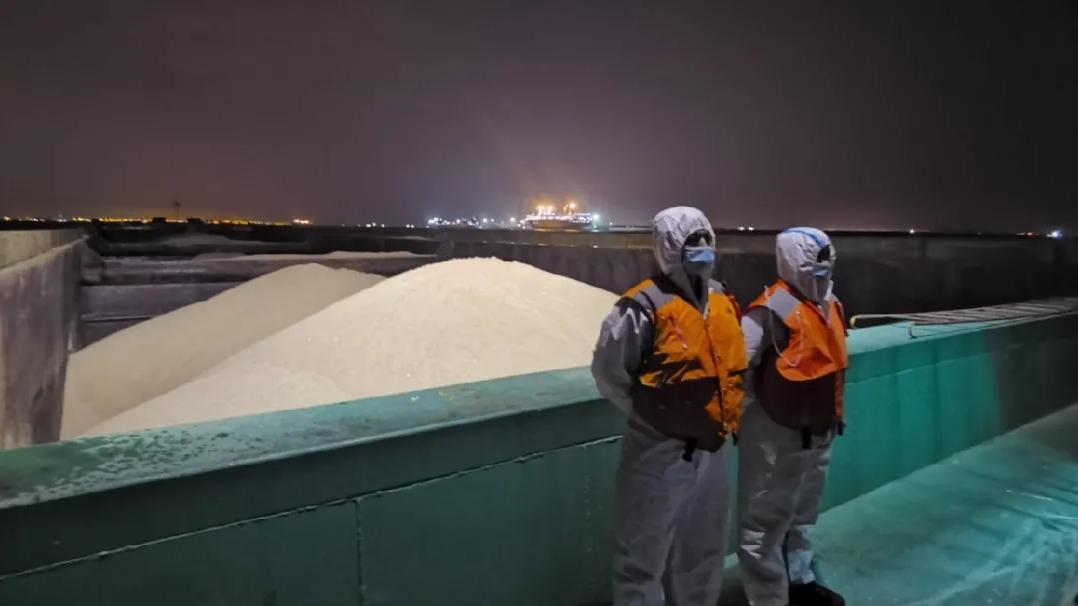查獲船舶7艘海砂6萬余噸!上海集中整治非法采運海砂行為