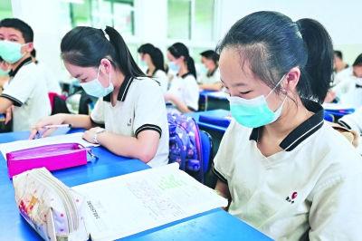 武汉15.8万初中学生返校复课