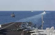 美军航母部署中东半年首次进波斯湾?穿越海峡画面曝光