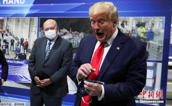"""联博开奖:""""疫""""乱美国:戴照样不戴?小口罩引发政治大""""嘴仗"""" 第1张"""