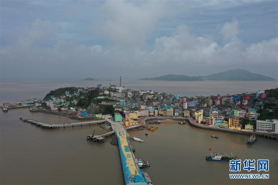 浙江玉环:民生工程助力小镇环境提升