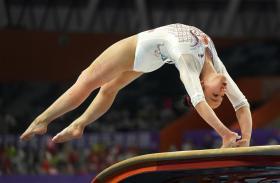 体操——全国锦标赛:广东队夺得女子团体冠军