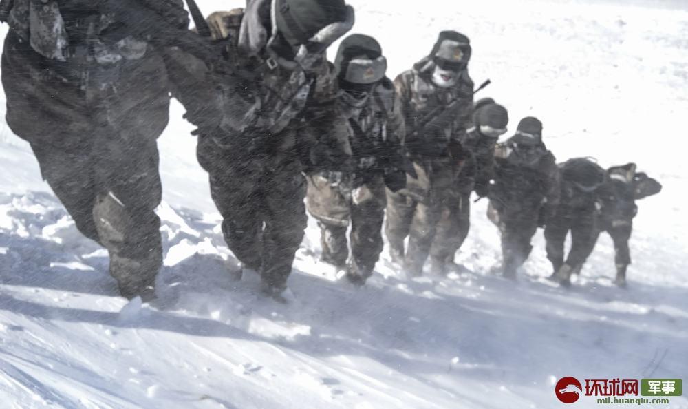 零下30度、海拔4800多米?驻西藏部队顶风冒雪巡逻边关