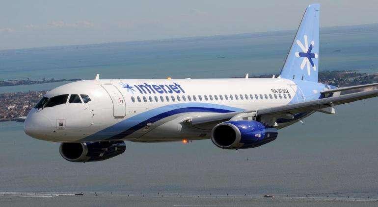 加拿大运输局暂停墨西哥廉航的航空运营许可证