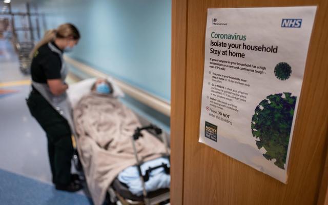 英国养老院新冠死亡人数保密,家属批:商业利益置于人命之上