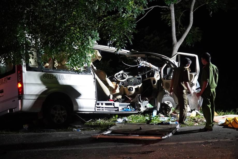 allbet gaming开户:越南平顺省一客车与货车相撞 已致8死7伤 第1张