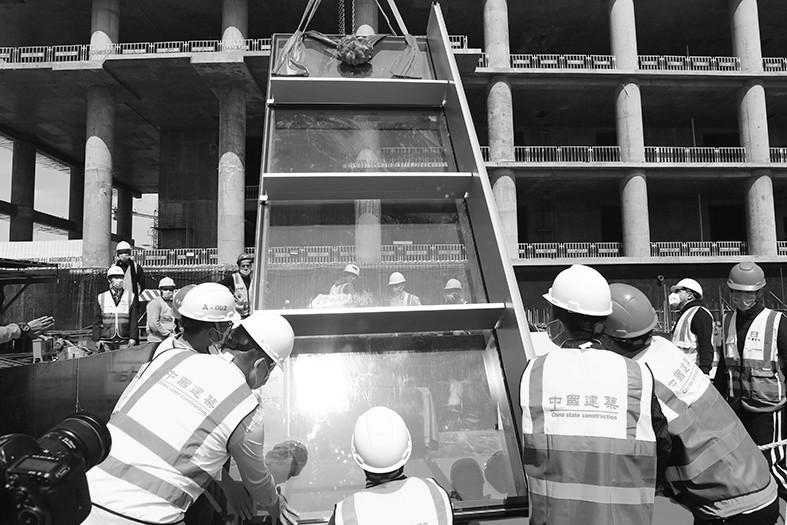 中建埃及新首都CBD项目按时施工