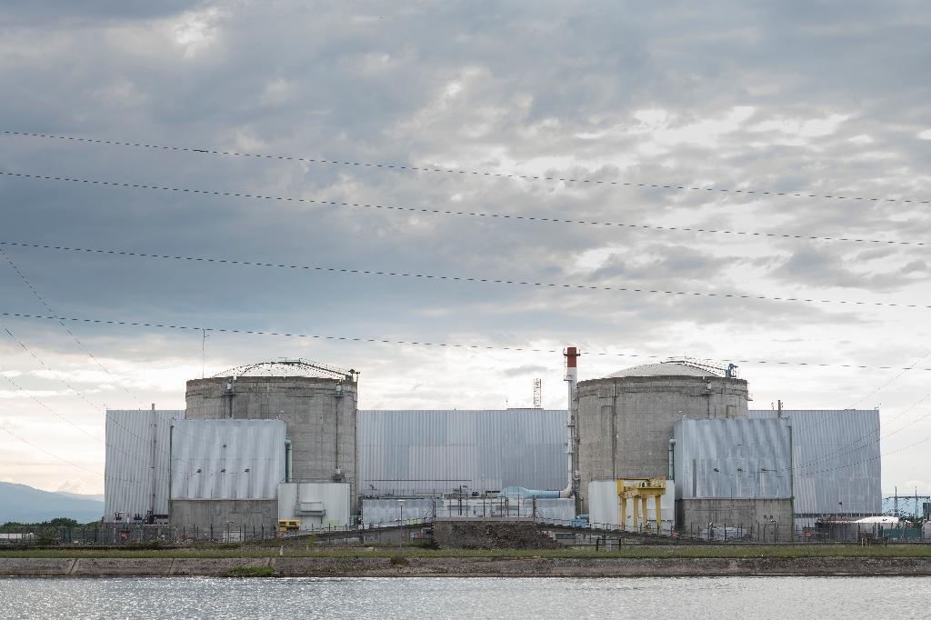 欧博代理:法国在役时间最长核电站关停最后一个反应堆 已超期服役3年