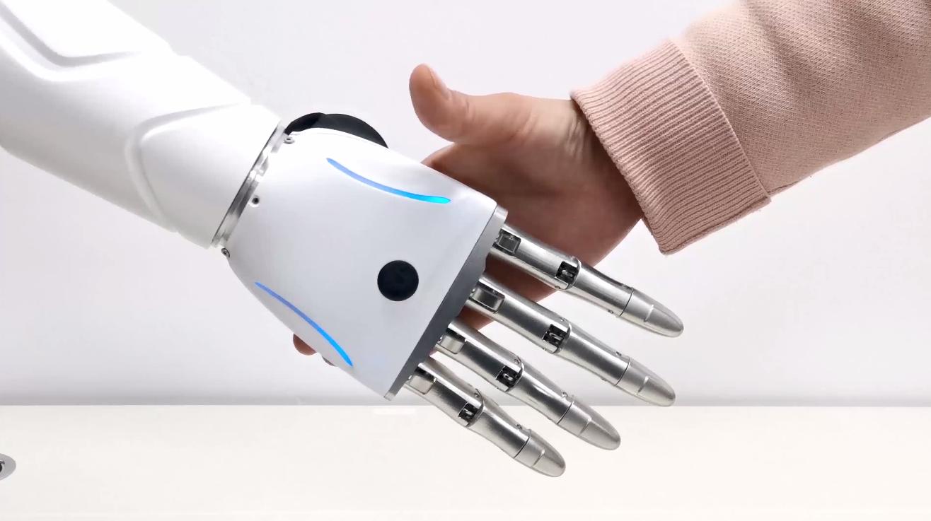 京东数科可穿戴AI仿生手 可在0.5秒之内快速识别和响应肌电信号