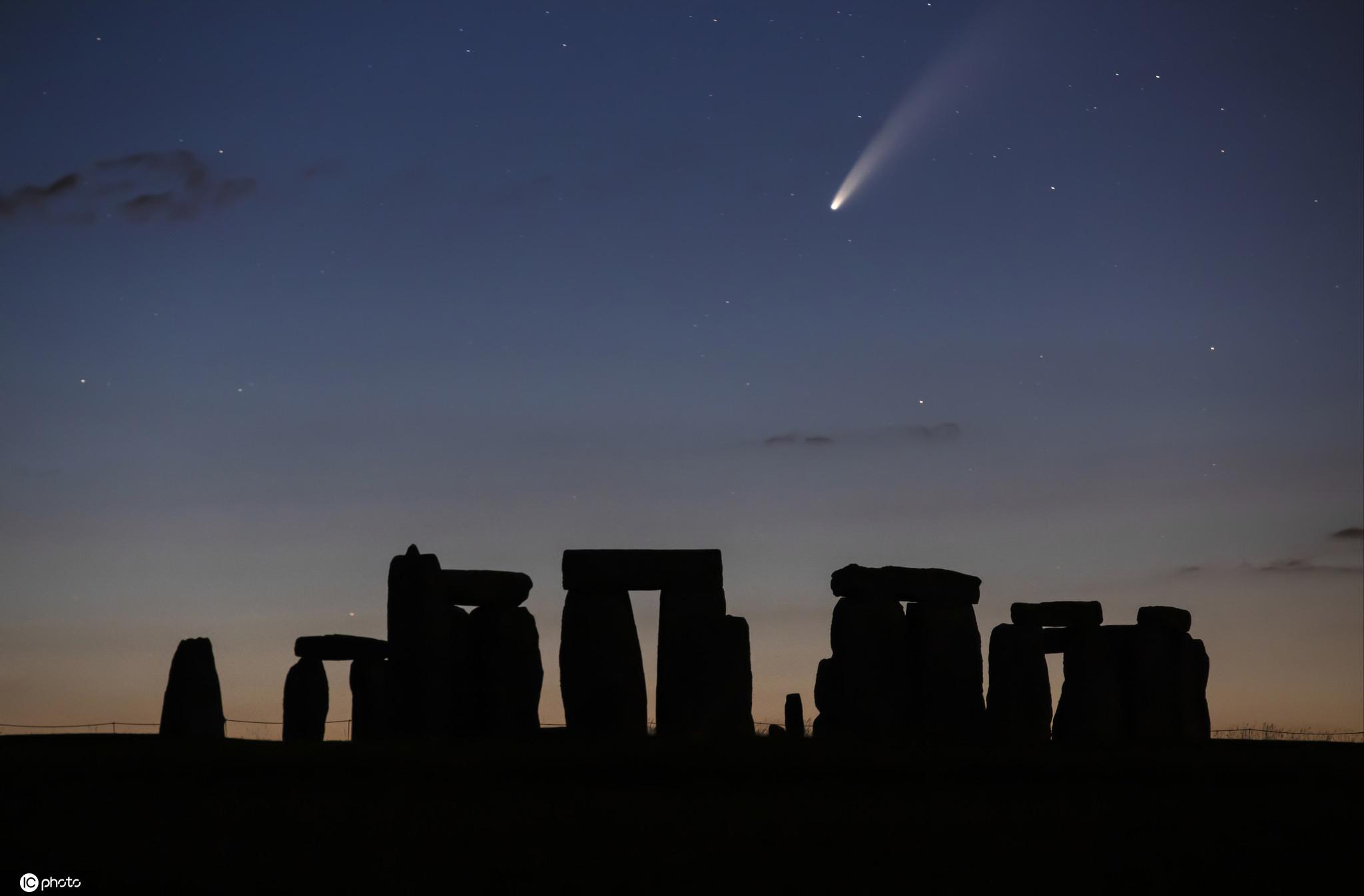 稍纵即逝!尼欧怀兹彗星现身多国夜空