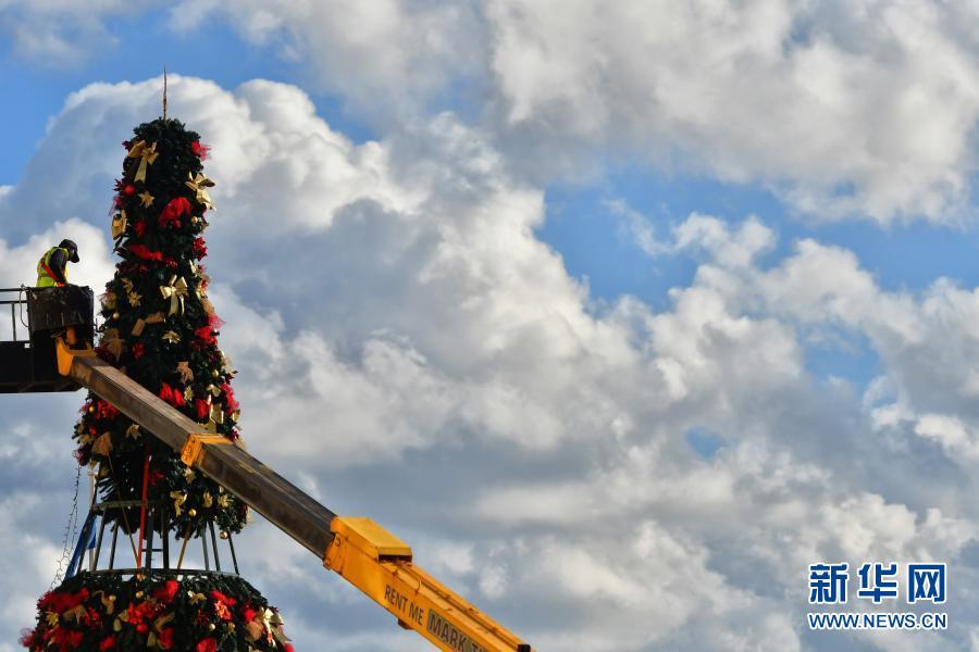 马耳他:点亮圣诞灯饰