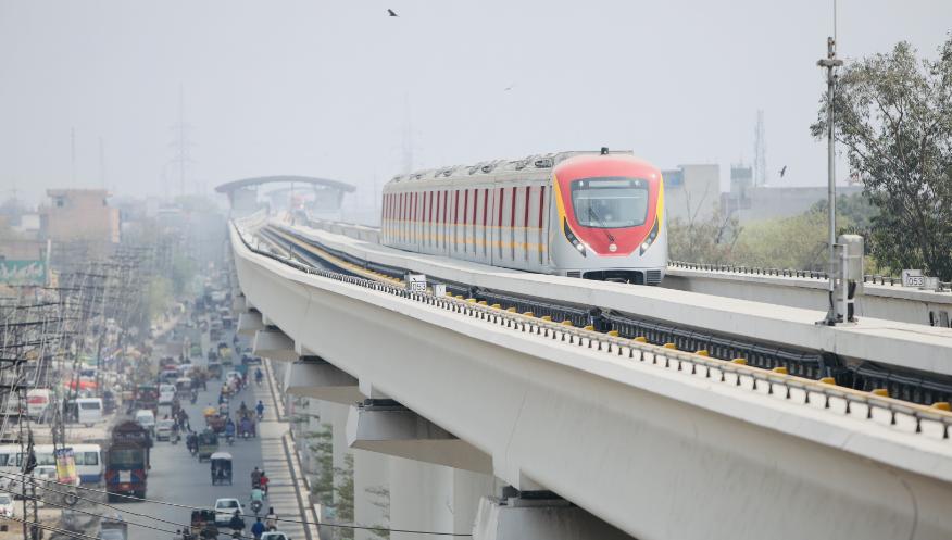 中企承建巴基斯坦首条城市轨道交通项目完工交付