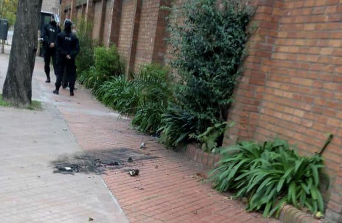 allbet登录网址:阿根廷总统官邸遭爆炸袭击 没有造成任何伤亡损失 第1张
