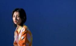 """张子枫:惬意的秋""""枫"""",成长与自我认知"""
