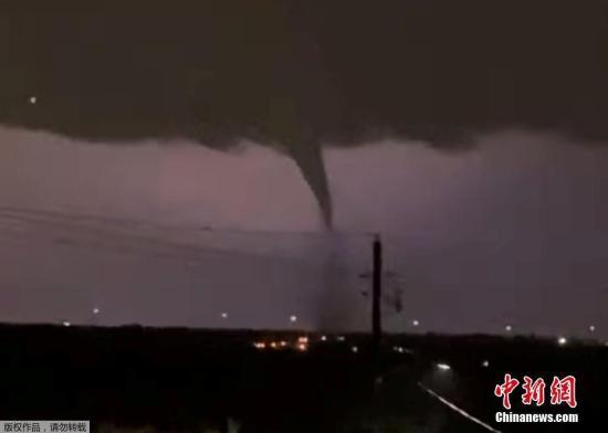 美田纳西州遭龙卷风袭击至少23人死亡150人送医