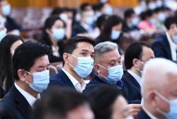 """政协委员李彦宏:科技平台型企业要发挥""""火车头""""作用"""