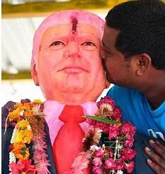 """印度""""特朗普死忠粉""""去世,印媒:他死前数天不吃不睡,为特朗普祈祷 第3张"""