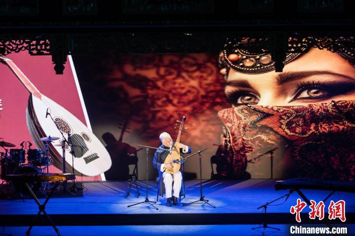 """方锦龙:做""""好玩""""的音乐 传递中华文化独特魅力"""
