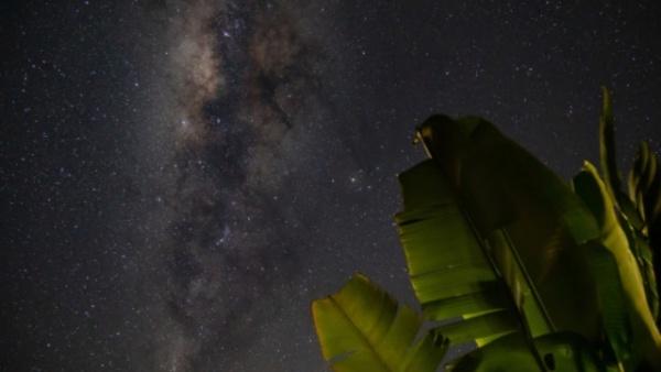 美醉夜空!哥伦比亚银河星光璀璨