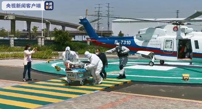 福建厦门:船员海上受伤脚踝断裂 飞行队及时救回送医