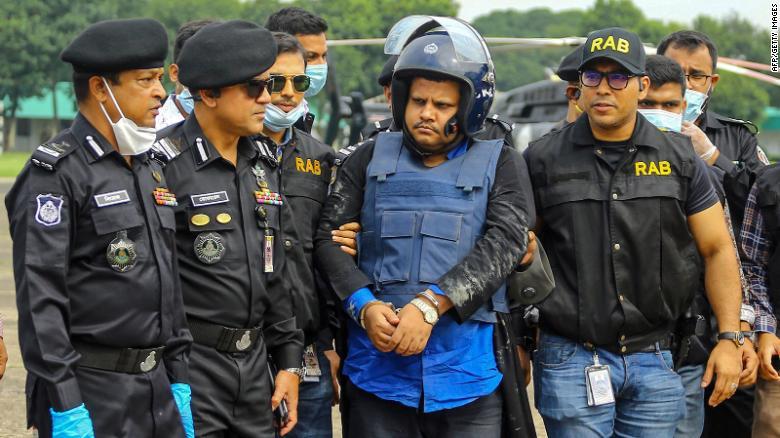 allbet:孟加拉国一医院伪造数千份新冠病毒检测单 老板出逃印度时被捕 第1张