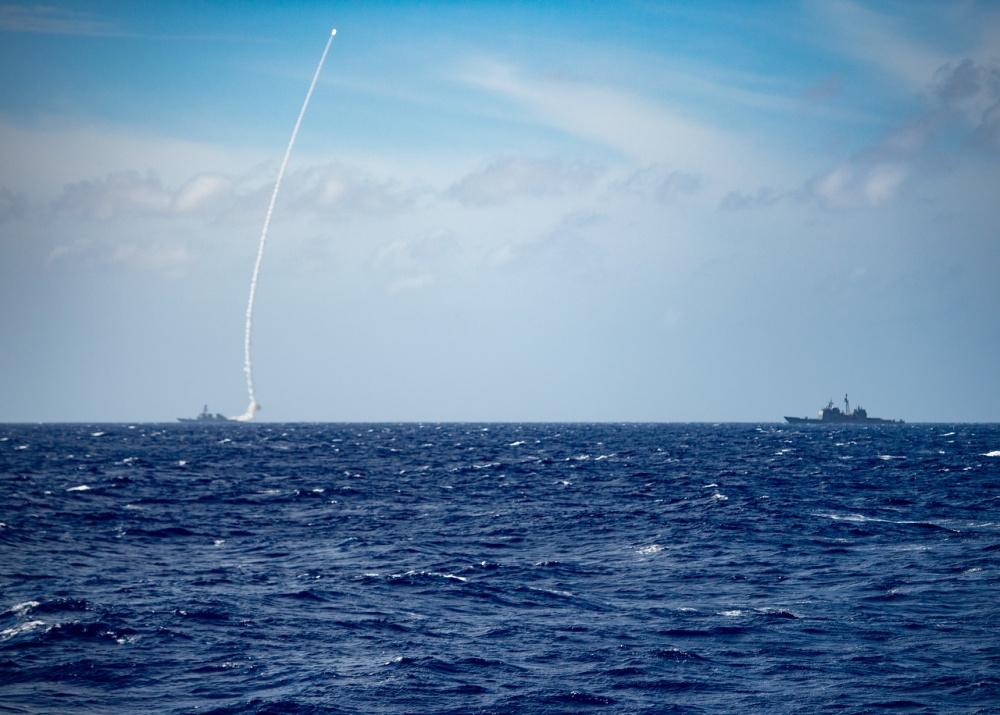 美国第七舰队在南海试射导弹?真相原来是这样