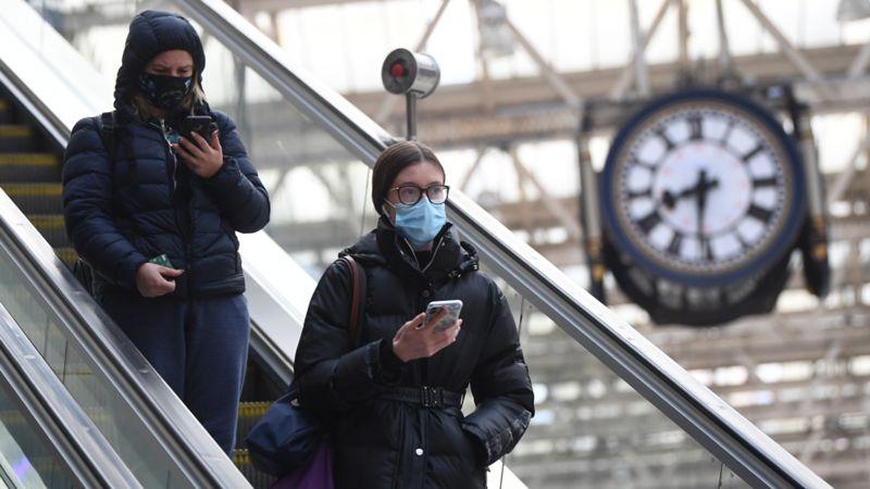 英国新冠病毒流传R值小幅下降至最高1.2 第1张