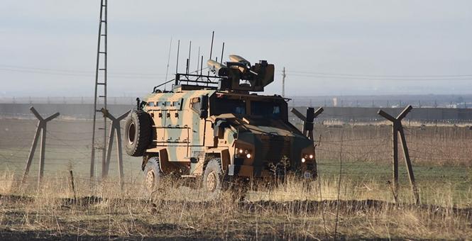 土俄军队在幼发拉底河东岸展开第三次联合巡逻