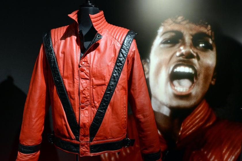 奥巴马高中时代球衣破『拍卖』纪录 【以近】20'万'美元成交 第2张