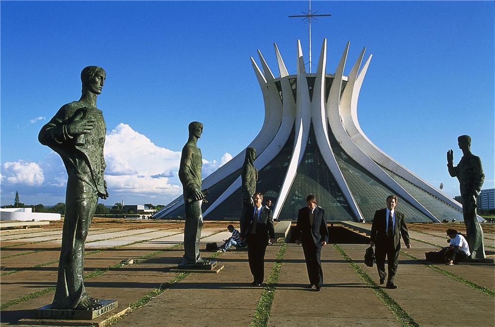 """最年轻的人类文化遗产?即将举行金砖峰会的城市巴西利亚为什么能""""上天""""?"""