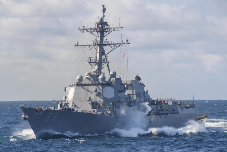美军舰再闯西沙遭警告驱离_专家:美国一系列武力炫耀是心虚表现