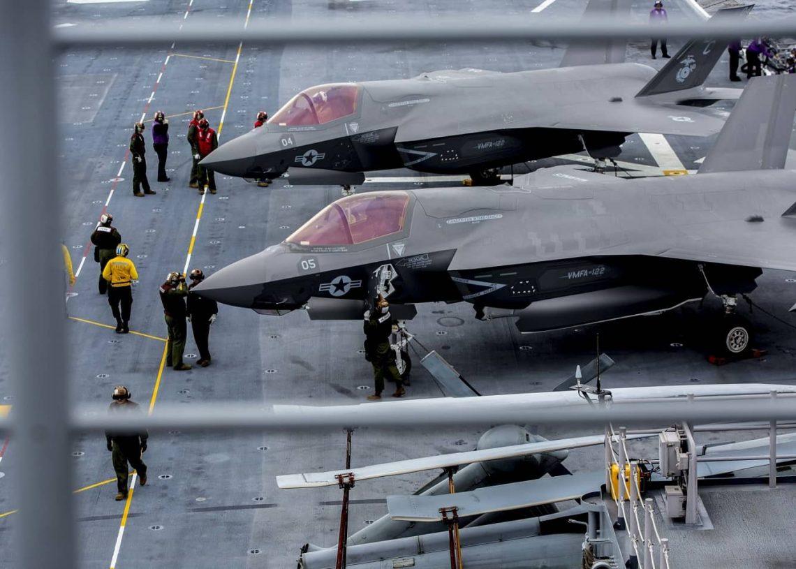 美陆战队最新里程碑!两栖攻击舰载F35B转换轻型航母