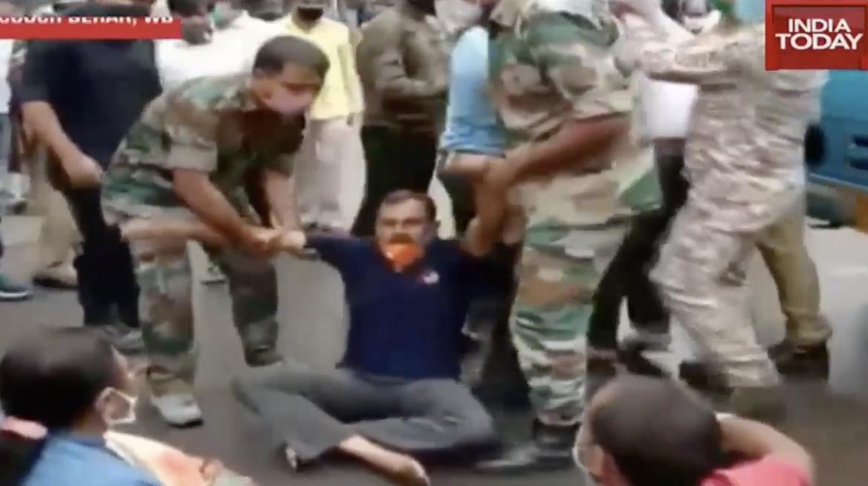 allbetgaming:印度爆陌头抗议:攻击公交车放话围堵该邦所有警局