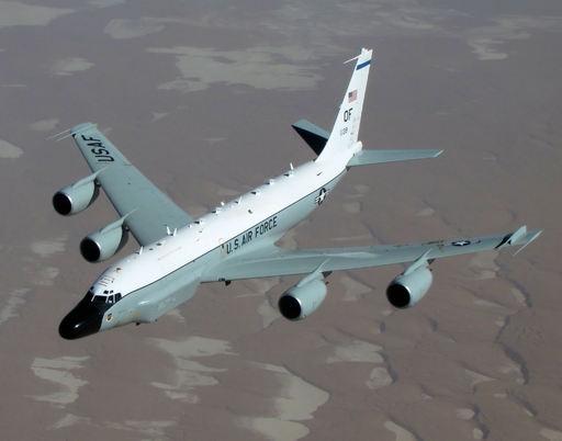 美军多次向半岛出动侦察机后 又与韩国联合空演