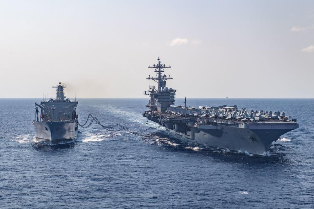 """""""罗斯福""""号航母已有243人确诊美军决定让2700人下船隔离"""